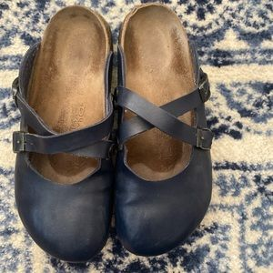 Birki's for Birkenstock navy closed toe